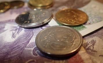 jak dbać o monety z czystego złota